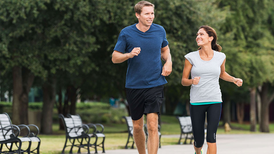 Muskelkater vorbeugen und sanft lindern