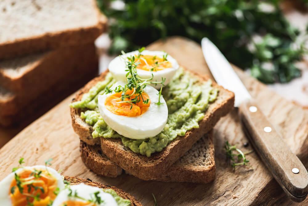 Fettstoffwechsel: Tipps für die perfekte Ernährung bei Problemen und 3 Rezepte
